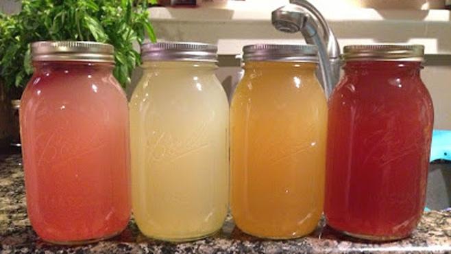 water kefir fermenting in mason jars
